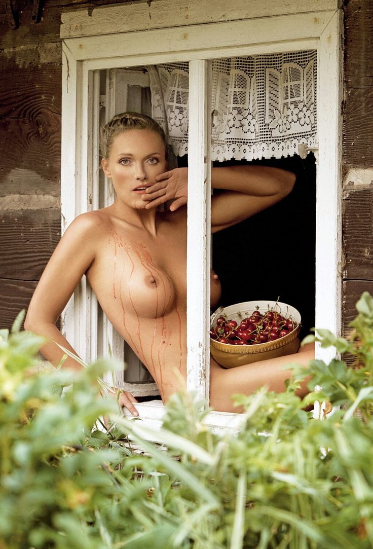 Откровенные фотоснимки деревенских телок, анальный секс в старом осколе