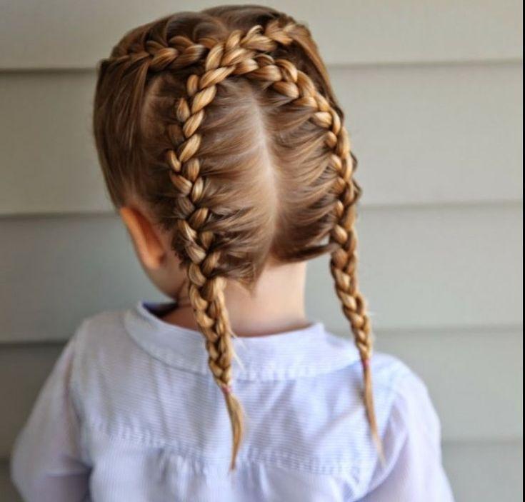 bringen Sie Abwechslung in den langweilig geflochtenen Haaren