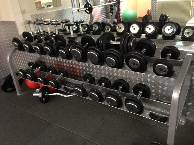Découvrez le Cercle Lecourbe une salle de sport dynamique et conviviale pour atteindre tous vos objectifs www.cerclesdelaforme.com #sport #cercles #fitness