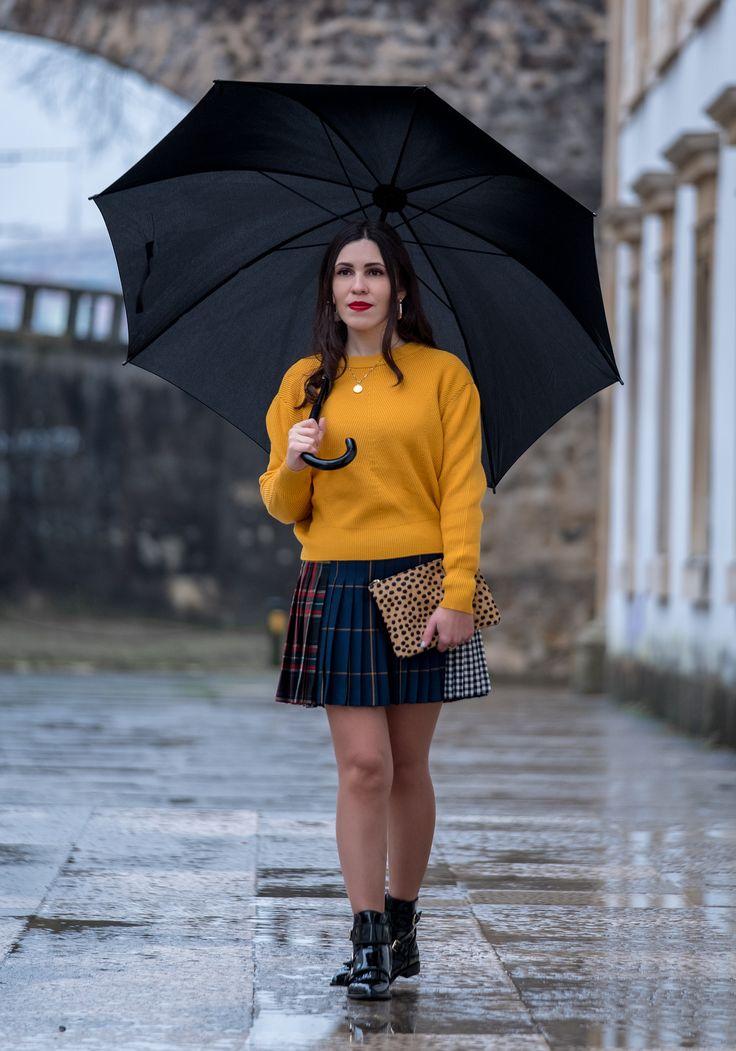 Trend alert: mustard is the new black -  #black #Boots #chess #cinco #clutch #coinnecklace #Gold #Jumper #Knit #Leather #leopard #MassimoDutti #mini #mustard #necklace #outfit #pleated #Sfera #silver #Skirt #tartan #tassels #Trend #trendy #Vinyl #winter #Yellow #zara