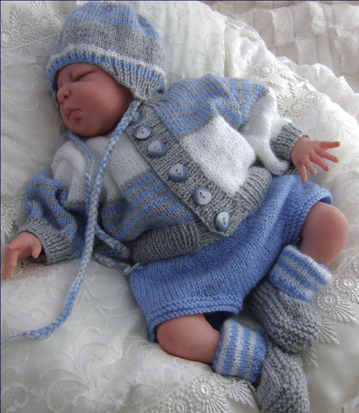 Trendy Baby Knitting Patterns : Tipeetoes Designer Baby Outfits, Knitting Patterns, Beanies & Booties A...