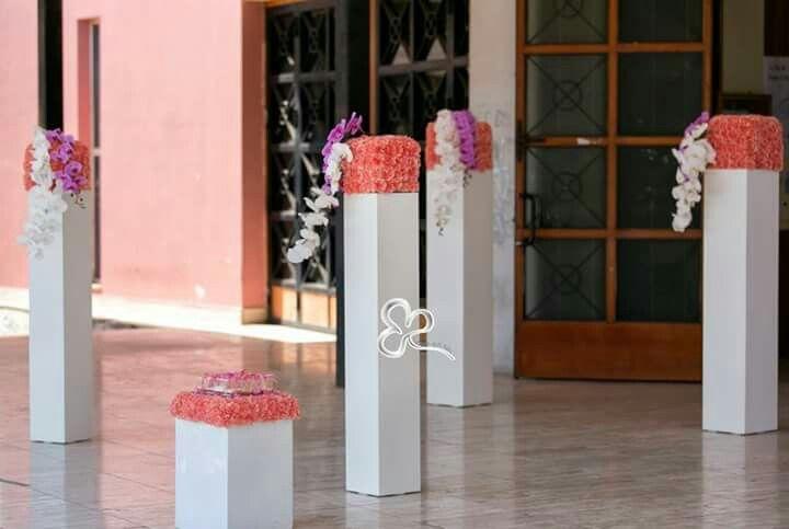 Allestimenti floreali moderni, minimali, colorati e raffinati per un matrimonio unico, esclusivo e indimenticabile