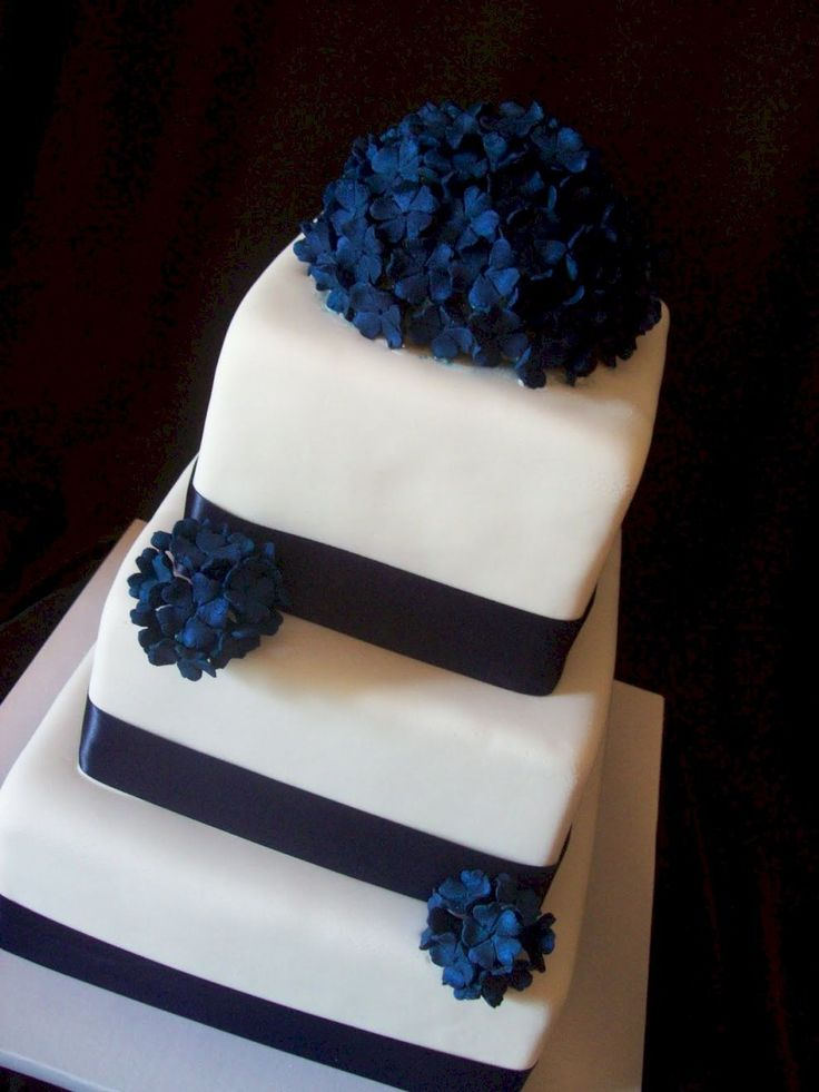 Best 25 Navy Wedding Cakes Ideas On Pinterest Navy Blue