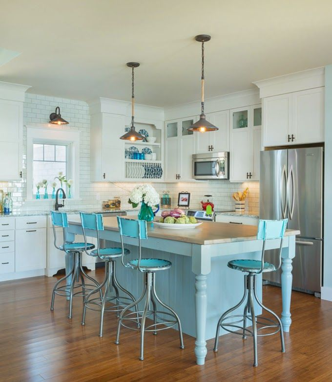 House of turquoise caldwell and johnson country kitchen for Caldwell kitchen cabinets
