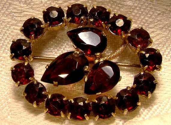 Czech Garnet Red Glass Art Deco Brooch 1920s Oval Pin