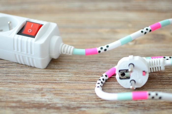 10 Jolies Façons d'utiliser son Masking Tape avec le souci du détail    Idée N°5: Et vos prises alors? casual sengtai