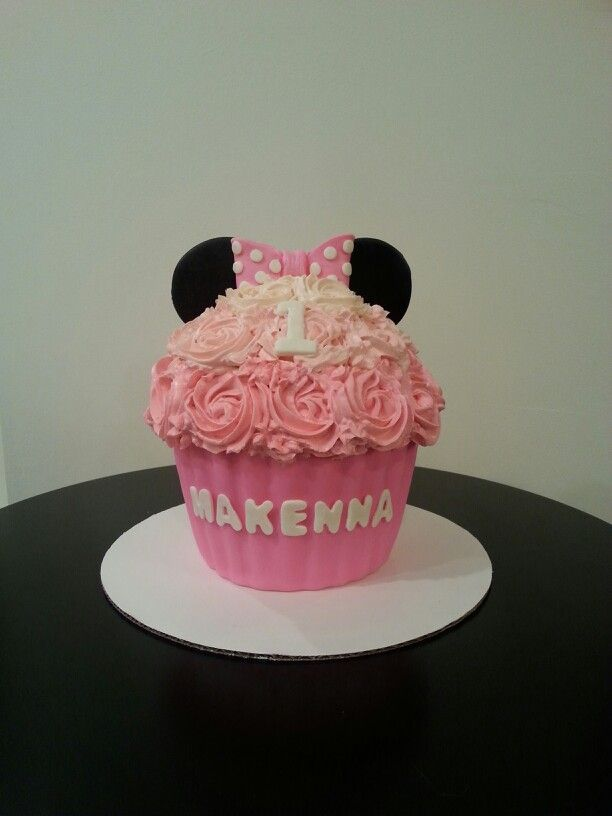 Pink Minnie Mouse smash cake | MY Cakes, Cupcakes ...