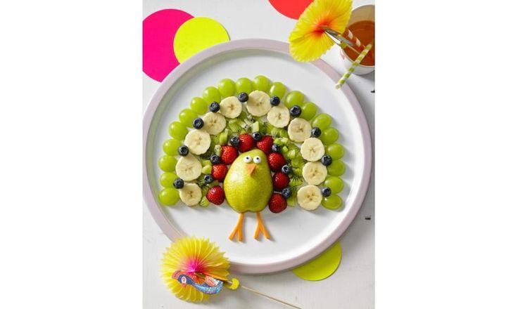 Vorbei sind die Zeiten des Gemüseverschmähens und Obstekeligfindens - mit diesen Rezepten liebt jedes Kind Grünzeug. Die Erdbeer-Bananenschlange kommt garantiert nicht wieder in de