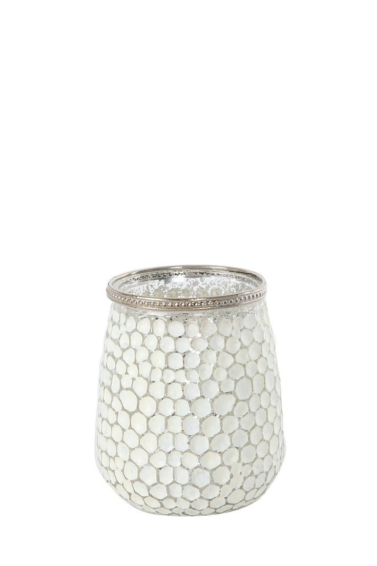 http://www.mrphome.com/en_za/jump/HOMEWARE/Dotted-Hurricane-With-Trim-Detail/productDetail/2_7202055697/cat860009/recommendedProducts #mrpricehome #decor