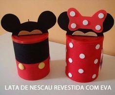 Latinhas de nescau decoradas como llembrancinhas de aniversário do Mickey Mouse