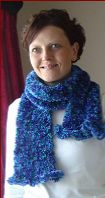FREE knitting pattern for a frill edge Scarf.