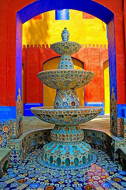 Colorful fountain at Ex-Hacienda de Chautla in Puebla, Mexico. Fuente de las Tres Teresas. 1941.