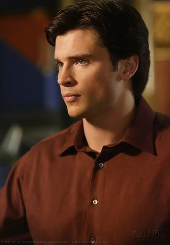 CJ Gonzalvo uploaded this image to 'Smallville/Tom Welling'. See the album on Photobucket.