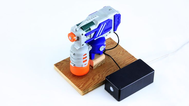How to use motorized nerf guns and water guns to make automated gun turrets