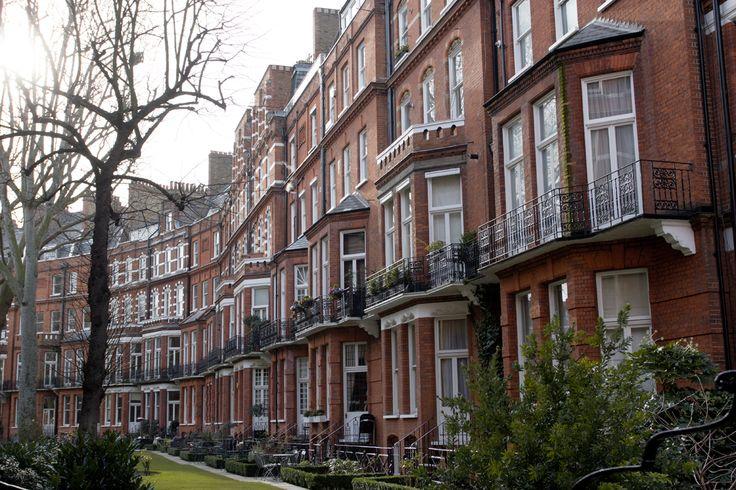 Fay City Diaries' second destination: London. http://www.fay.com/it/city-diaries/londra