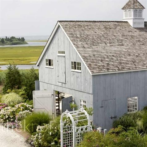 Charming Nantucket barn