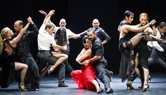 El coreógrafo Sidi Larbi Cherkaoui, renombrado y multipremiado por su naturaleza inquisitiva y colaboraciones con otras culturas, presenta m¡longa, una exploración fascinante del tango tradicional y contemporáneo.