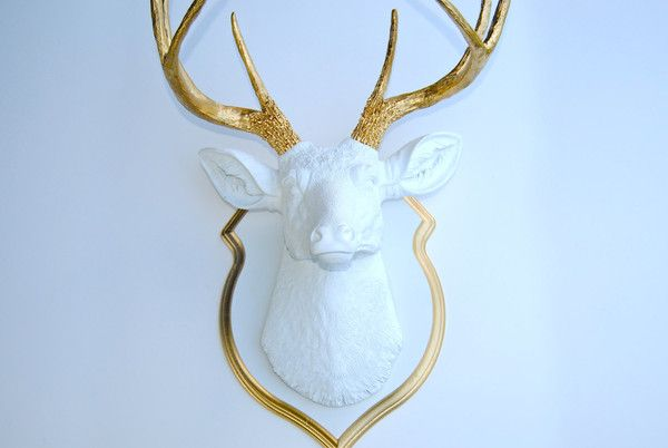 This deer head with matching shield mount is made of resin by art crafters Near and Deer. It has a vibrant appearance with a strikingly modern aesthetic. It is available in limited quantities in the most popular color combinations. Near and Dear can customize the color for you; include in the Order Notes during checkout the general color you have in mind or even an exact shade, and we will create your Near and Deer piece with the exact custom color of your choice. Show off your love for…