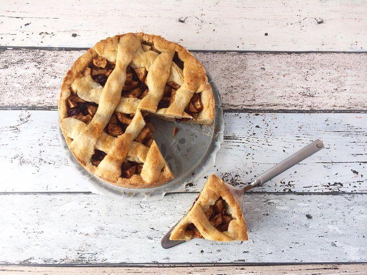 Bijna iedereen is dol op appeltaart. Dit recept voor suikervrije appeltaart met een vleugje kokosmeel doet iedereen watertanden!