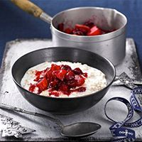 Porridge with compote