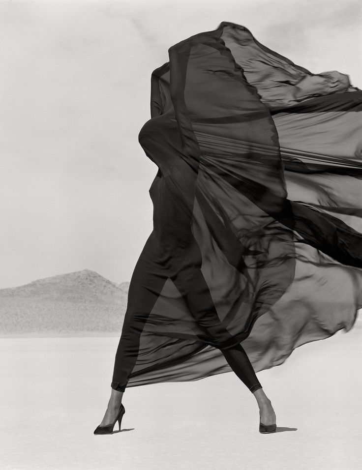 Versace, Veiled Dress, El Mirage,1990. Herb Ritts: L.A. Style Exhibition @ The J. Paul Getty Museum, Los Angeles, California.Photos, Herb Ritts, Veils Dresses, Herbs Ritts, Black And White, Art, Fashion Photography, Fashionphotography, La Style