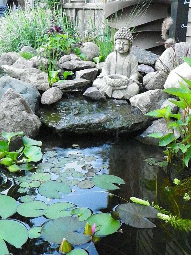 cascade de jardin -style-japonais-statue-bouddha