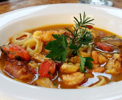 Sopa Leão Veloso is a type of moqueca (fish stew) that is quite common in Brazil.
