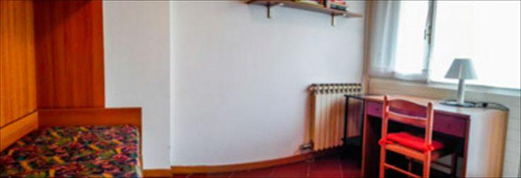 Seconda camera da letto, con divano letto , letto aggiuntivo e tavolino da lavoro