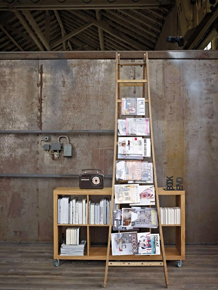 Pfister Shelf Aruba, Bookstand Book End