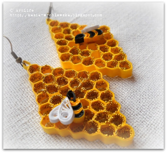 Beehive Quilling Paper Earrings