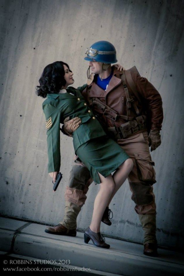 Peggy Carter & Captain America. So this is like my relationship goal, I want to go to San Diego Comicon one day with the guy I'm with and dress up as Peggy and Steve.