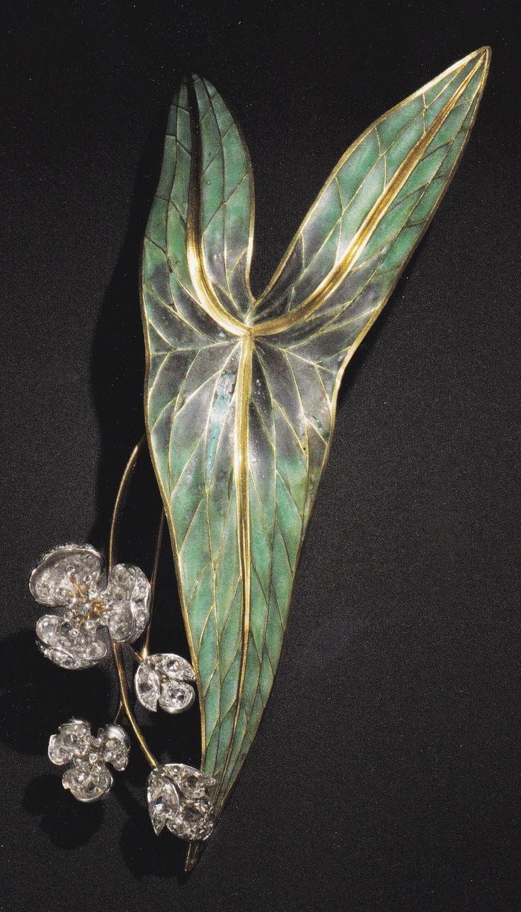 An Art Nouveau gold, enamel and diamond brooch, designed by René Lalique for Henri Vever, 1890-95.