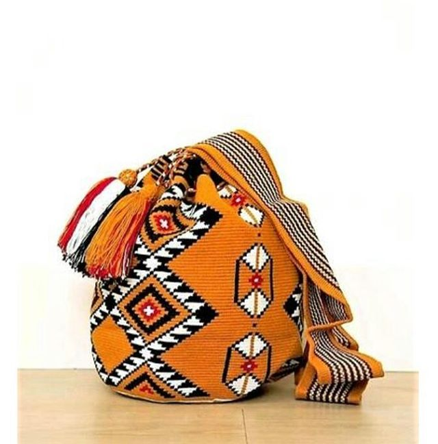 I am available online link in bio . . . .. . . . #textiles #malambo_ #malambostore #malambobags #wayuubags #wayuumochilas #mochilabags #bohobags #chila #empoweringwomen #ethicalbrand #ethicallymade #ethicalproducts #sustainablefashion #socialpreneur #shopforacause #patternlove #patternlife #festivalvibes #festivalbabes #wanderlust #wanderers #gypsyspirit #nomadspirit #gypsysoul #beachbag #handwoven #vacaymode #ihavethisthingwithtextiles