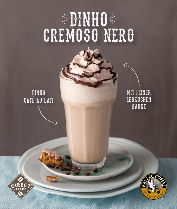 Zum Feste nur das Beste✨🌟✨Unser brasilianischer Direct Trade Hauskaffee Dinho als Café au Lait zubereitet, mit feinem Lebkuchensahne-Topping und dunkler Schokoladensauce. Ein Weihnachtstraum für alle Kaffeefans ✨☕ 🌟 ☕ 🌟 ☕   #balzaccoffee #directtrade #hauskaffee #dinho #brasilien #hamburg #dinhocremosonero #cafeaulait #schokolade #christmasfeeling #weihnachten #vorfreude #inlovewithcoffee #inlovewithchristmas