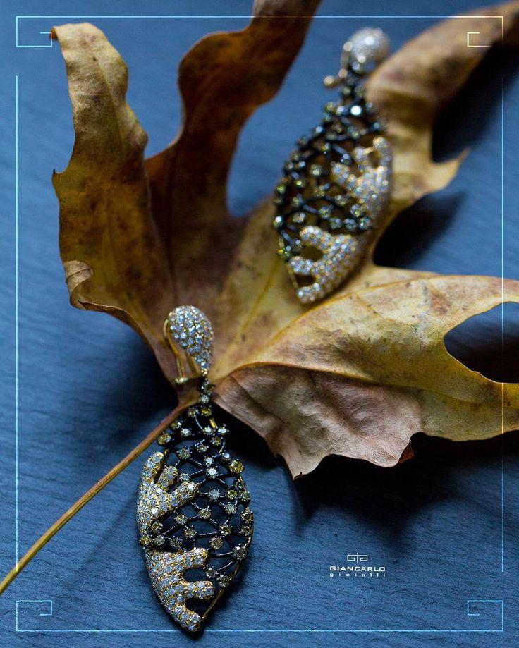 Стильные серьги из белого и черного золота инкрустированные бриллиантами это непревзойденная классика в модном воплощении! Радуйте любимых - дарите им лучшее от #Giancarlogioielli !  Желтое и черное золото вес -13 гр. проба -750 Бриллианты 491 карат/ 316 шт.  #jewellery #pendant #bracelet #gold #diamonds #beauty #women #giancarlogioielli #vscogood #vscobaku #vscocam #vscobaku #vscoazerbaijan #instadaily #bakupeople #bakulife #instabaku #instaaz #azeripeople #aztagram #Baku #Azerbaijan