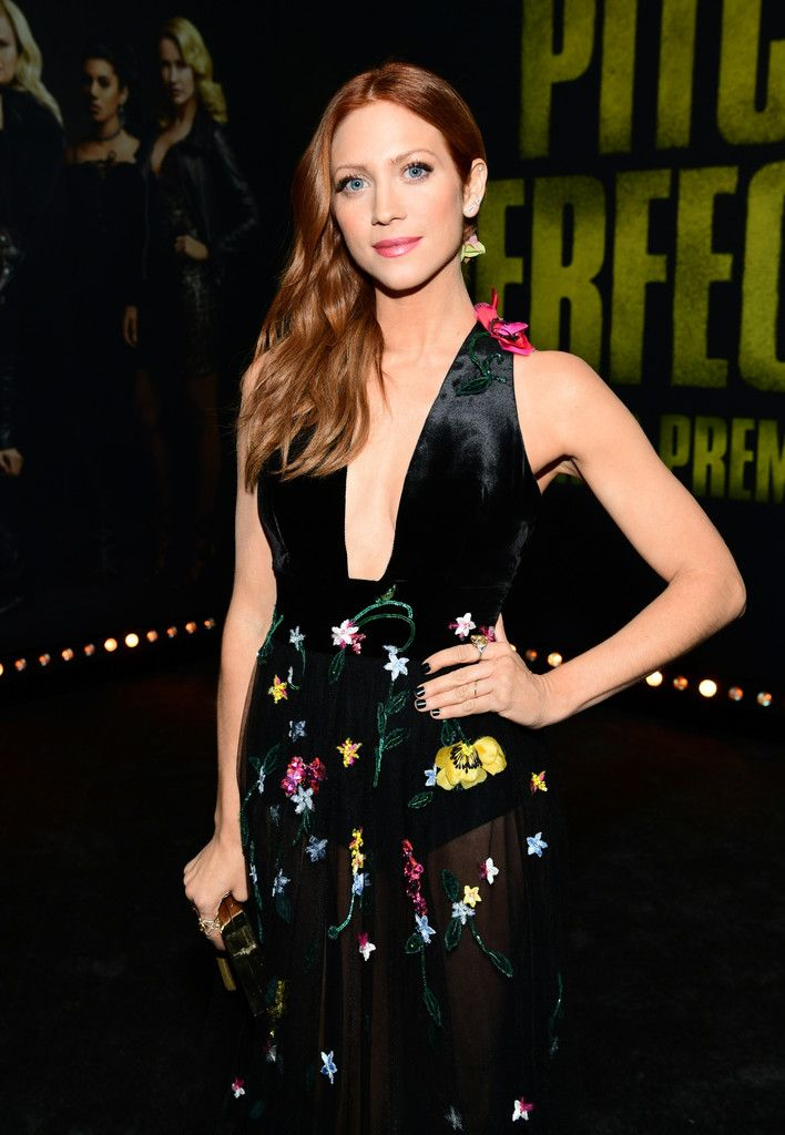 """Brittany Snow Photos - Brittany Snow attends the premiere of Universal Pictures' """"Pitch Perfect 3"""" at Dolby Theatre on December 12, 2017 in Hollywood, California. - Premiere of Universal Pictures' 'Pitch Perfect 3' - Red Carpet"""