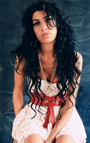 Amy Winehouse, I love her, I'm Inspired by her and hate that she ended her life so early!