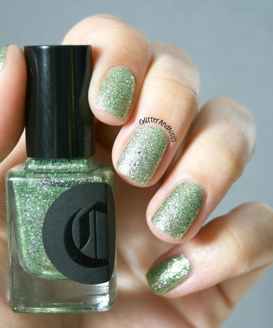 Laquer Nail Bar: Glitter Green Nail Polish