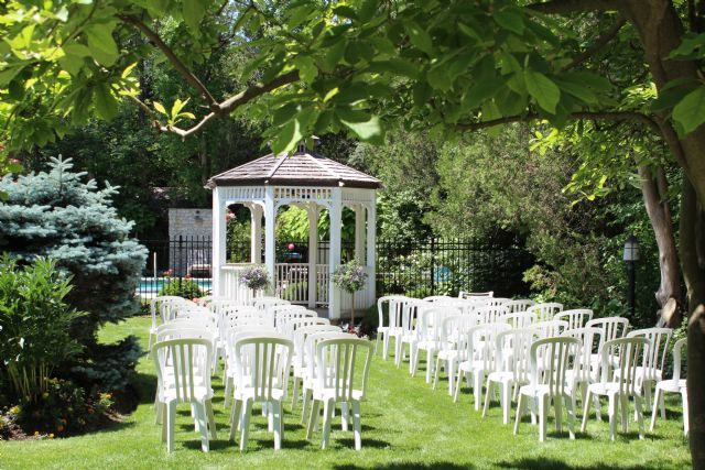 Beautiful setting with arborem for your wedding at The Oban Inn.