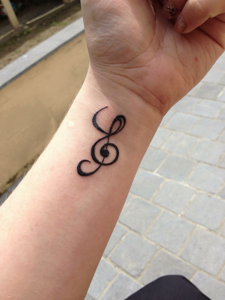 31 best tatouage lettre images on pinterest letters tattoo ideas and lyric tattoos - Tatouage lettre a ...