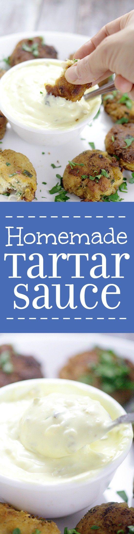 Zelfgemaakte Tartaarsaus is super makkelijk te maken!  Maak deze romige, pittige Homemade Tartaarsaus recept in slechts 5 minuten om perfect te gaan met uw favoriete visgerecht!  Yum!