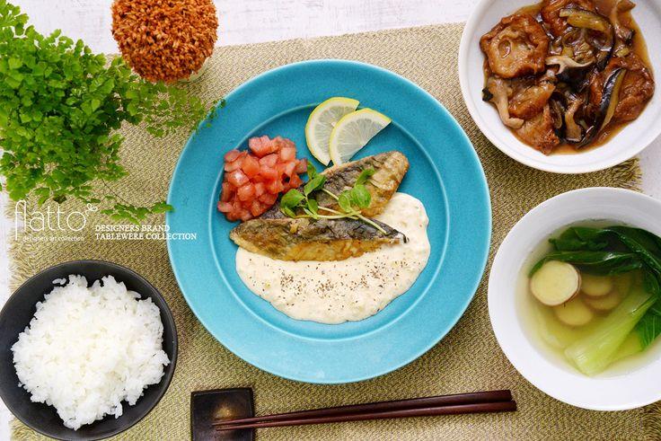 さわらのムニエル&チンゲン菜とさつまいものスープ(和食器:東一仁のターコイズプレート8寸皿/東一仁のチタン鉢 etc)