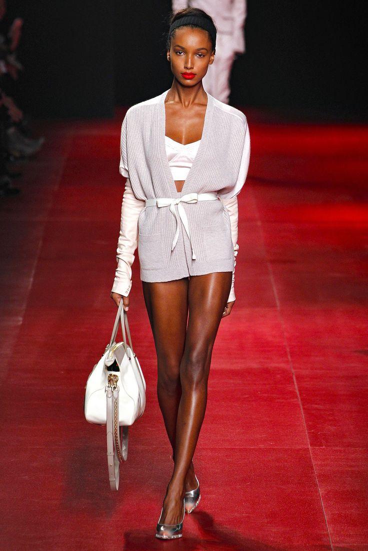 Nina Ricci Fall 2013 Ready-to-Wear Fashion Show - Jasmine Tookes