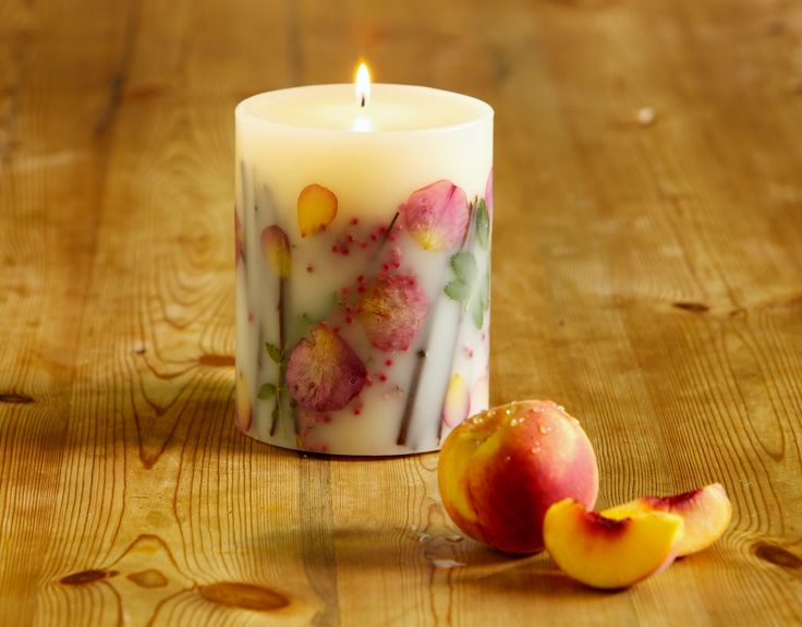 Rosy Rings Apricot & Rose Botanical Candle
