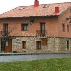 C.T.R. La Casona del Herrero, Hotel ruralNavaleno (Soria)