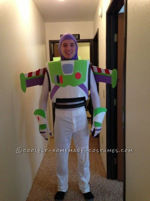 Best Buzz Lightyear Costume Ever In 2020 Buzz Lightyear Costume