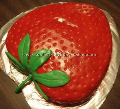 http://coolest-birthday-cakes.shippony.com/images/foods/fruits/creative-cakes-12.jpg
