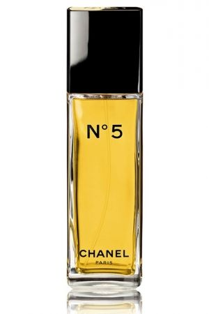 Chanel No 5 Eau de Toilette. Top notes are neroli, ylang-ylang, bergamot, amalfi lemon and aldehydes; middle notes are iris, jasmine, orris root, rose and lily-of-the-valley; base notes are vetiver, musk, sandalwood, patchouli, oak moss, amber, vanille and civetta.