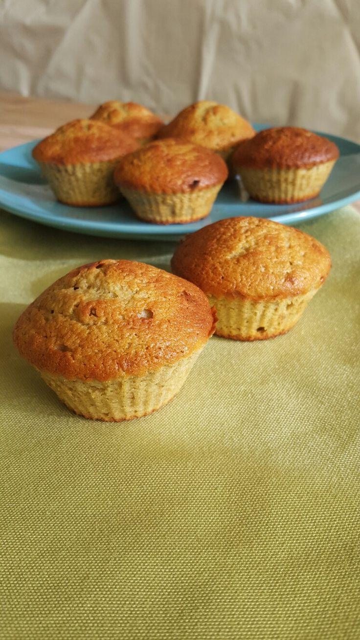 Muffin senza burro con farina d'avena banane e noci