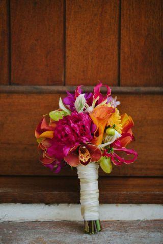 """Pra começar o ano com uma paleta de cores bem verão e bem alegre, que tal essas inspirações em tons de rosa e laranja? Eu achei essa paleta de cores bem cara de calor! [gallery ids=""""7093,7096…"""